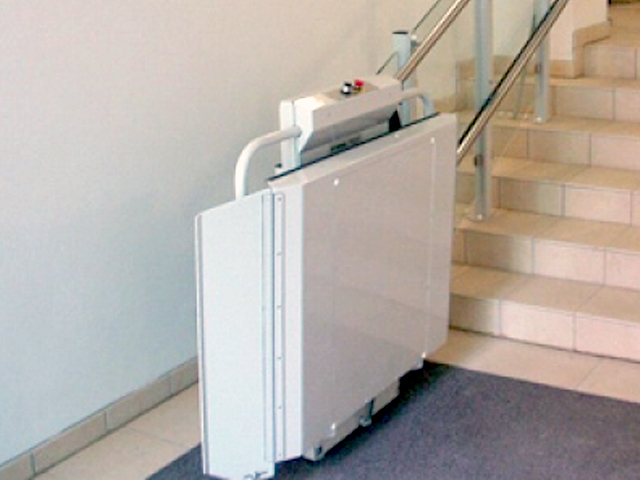 Commercial Wheelchair Lifts and ADA Compliant Lifts | Advanced Wheels