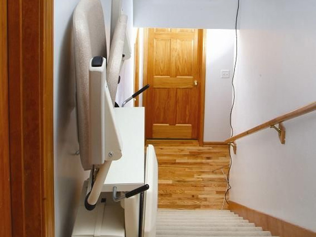 Stair Lifts Wisconsin Home Amp Office Chair Lifts
